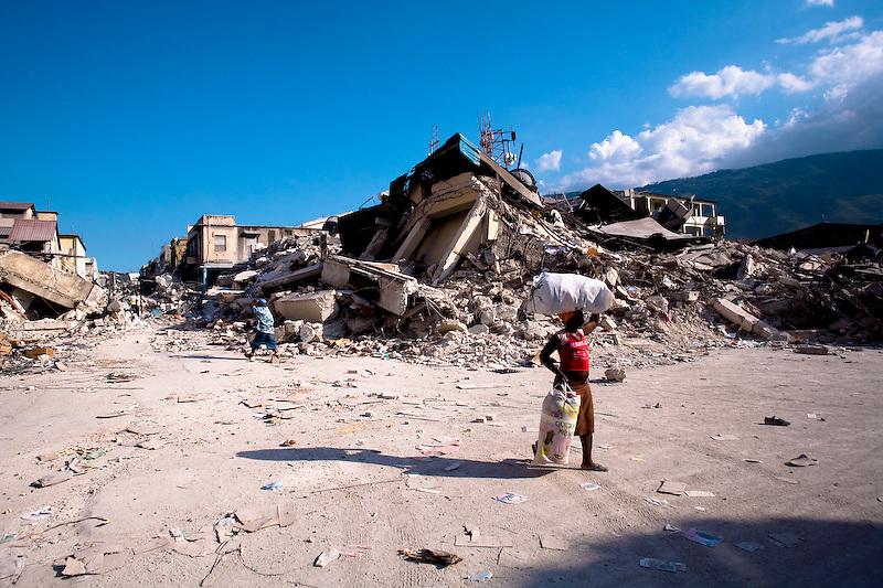 Port Au Prince, Haiti. Photo by Ben Depp.1/20/2010.