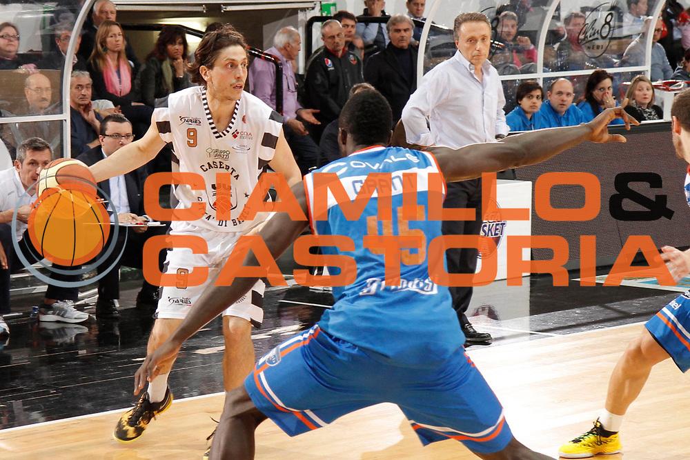 DESCRIZIONE : Caserta Lega A 2012-13 Juve Caserta Enel Brindisi<br /> GIOCATORE : Marco Mordente<br /> CATEGORIA : palleggio<br /> SQUADRA : Juve Caserta<br /> EVENTO : Campionato Lega A 2012-2013 <br /> GARA : Juve Caserta Enel Brindisi<br /> DATA : 07/04/2013<br /> SPORT : Pallacanestro <br /> AUTORE : Agenzia Ciamillo-Castoria/A. De Lise<br /> Galleria : Lega Basket A 2012-2013  <br /> Fotonotizia : Caserta Lega A 2012-13 Juve Caserta Enel Brindisi