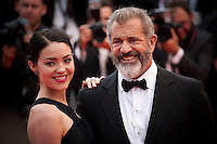 Actor Mel Gibson and Rossalind Ross at the Closing Palm D'Or Awards Ceremony at the 69th Cannes Film Festival, Sunday 22nd May 2016, Cannes, France. Photography: Doreen Kennedy