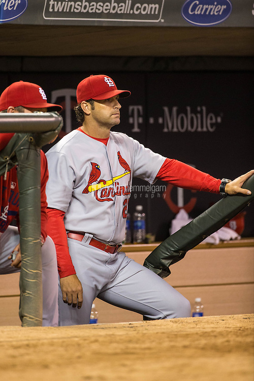 MINNEAPOLIS, MN- JUNE 17: Mike Matheny #26 of the St. Louis Cardinals looks on against the Minnesota Twins on June 17, 2015 at Target Field in Minneapolis, Minnesota. The Twins defeated the Cardinals 3-1. (Photo by Brace Hemmelgarn) *** Local Caption *** Mike Matheny