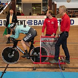 29-12-2019: Wielrennen: NK Baan: Alkmaar<br />Theo Bos klaar voor de start