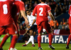 BIRMINGHAM, ENGLAND - Tuesday, October 14, 2008: England's Tom Huddlestone scores the opening goal against Wales during the UEFA European Under-21 Championship Play-Off 2nd Leg match at Villa Park. (Photo by Chris Ratcliffe/Propaganda)