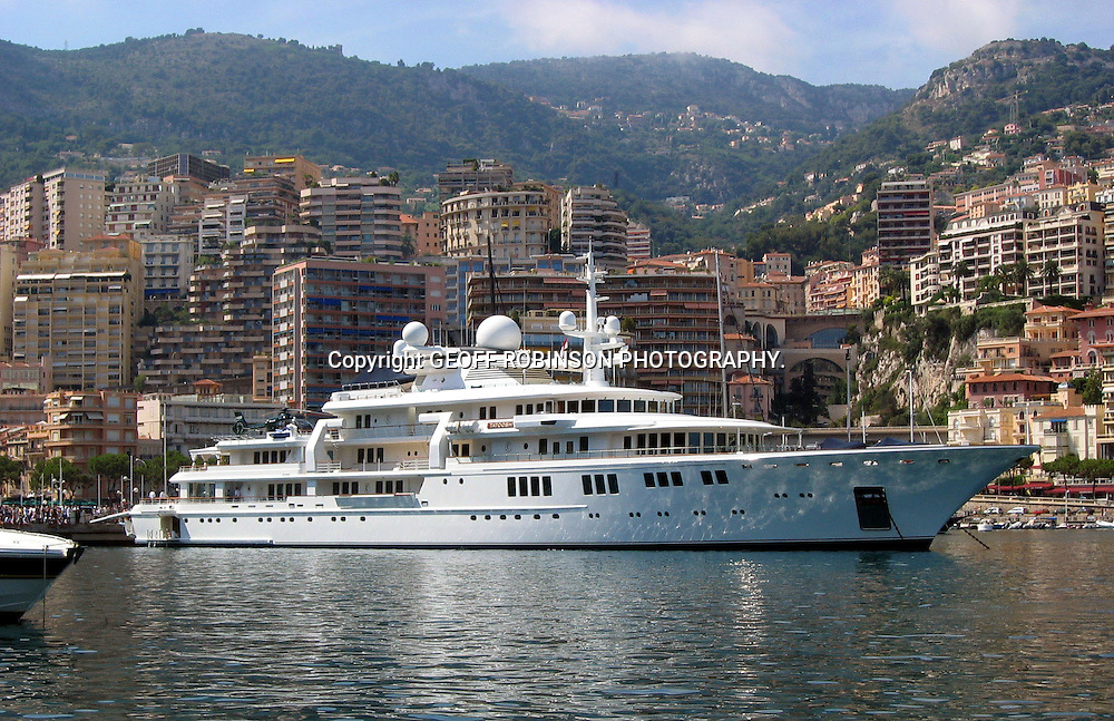 THE WORLDS THIRD LARGEST YACHT TATOOSH WHICH IS OWNDED BY  AMERICAN BILLIONAIRE PAUL ALLEN,THE CO FOUNDER OF MICROSOFT WITH BILL GATES,MOORED IN MONACO IN AUGUST 2005.THE YACHT IS BELIEVED TO BE WORTH £70 MILLION.