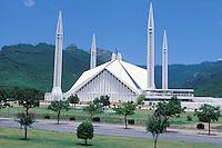 Pakistan. Province of Punjab. Islamabad. Shah Faiçal mosque. // Pakistan. Province du Punjab. Islamabad. Mosquée Shah Faiçal.