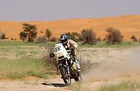 Motor<br /> Paris Dakar 2004<br /> Foto: Digitalsport<br /> Norway Only<br /> <br /> AUTO - PARIS DAKAR 2004 - TIDJIKJA . NOUAKCHOTT 20040116 <br /> MOTO - PÅL ANDERS ULLEVÅLSETER / KTM SCANDINAVIA - ACTION