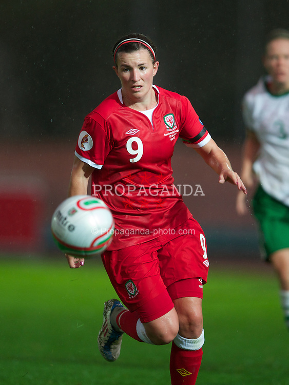 NEWPORT, WALES - Saturday, September 17, 2011: Wales' Helen Lander (Chelsea) in action against the Republic of Ireland during the UEFA European Women's Championship 2011-13 Group 4 Qualifying match at the Newport Stadium. (Pic by David Rawcliffe/Propaganda)