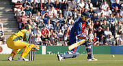 2005 Twenty/20 Cricket England vs Australia, The Rose Bowl, Southampton, Hampshire, ENGLAND 13.06.2005, Kevin Pietersen positons for a power shot..Photo  Peter Spurrier. .email images@intersport-images...