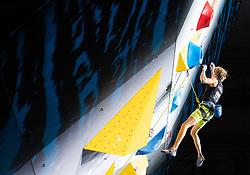 09.09.2018, Kletterzentrum, Innsbruck, AUT, IFSC, Kletter WM Innsbruck 2018, Halbfinale, Herren, Vorstieg, im Bild Alexander Megos (GER) // Alexander Megos of Germany during Semi-Finals of Men Lead for the IFSC Climbing World Championships 2018 at the Kletterzentrum in Innsbruck, Austria on 2018/09/09. EXPA Pictures © 2018, PhotoCredit: EXPA/ Johann Groder