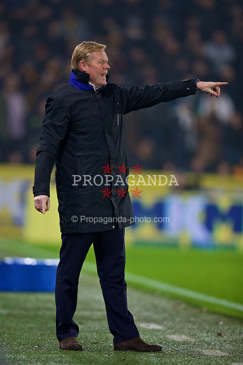 KINGSTON-UPON-HULL, ENGLAND - Friday, December 30, 2016: Everton's manager Ronald Koeman during the FA Premier League match against Hull City at the KCOM Stadium. (Pic by David Rawcliffe/Propaganda)