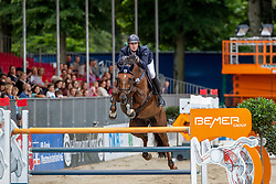 SCHULZE NIEHUES Jan Andre (GER), FITCH<br /> Münster - Turnier der Sieger 2019<br /> BRINKHOFF'S NO. 1 -  Preis<br /> CSI4* - Int. Jumping competition  (1.50 m) -<br /> 1. Qualifikation Grosse Tour <br /> Large Tour<br /> 02. August 2019<br /> © www.sportfotos-lafrentz.de/Stefan Lafrentz