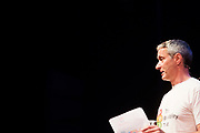 Paul Robison vertelt over fietsprogramma's voor kinderen in Engeland. In Nijmegen wordt de internationale conferentie Velo City gehouden. Tijdens het meerdaags congres praten beleidsmedewerkers en de fietsindustrie over het gebruik van de fiets in het dagelijks leven. Daarnaast zijn er tal van fietsgerelateerde activiteiten.<br /> <br /> In Nijmegen the bike related congress Velo City 2017 is held. From all over the world people come to talk about the use of the bicycle as a way of transportation.