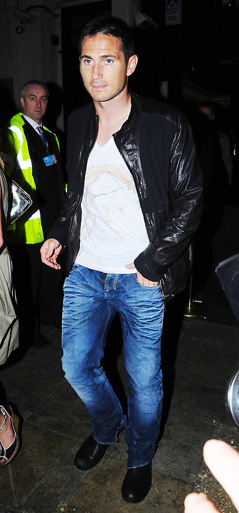 30.MAY.2009 - LONDON<br /> <br /> FRANK LAMPARD LEAVING MOVIDA NIGHT CLUB AT 4.00AM, 30 MINUTES BEFORE EX-WIFE ELEN RIVES WHO LEFT AT 4.30AM.<br /> <br /> BYLINE MUST READ : EDBIMAGEARCHIVE.COM<br /> <br /> *THIS IMAGE IS STRICTLY FOR UK NEWSPAPERS &amp; MAGAZINES ONLY* <br /> *FOR WORLDWIDE SALES OR WEB USE PLEASE CONTACT EDBIMAGEARCHIVE - 0208 954-5968*