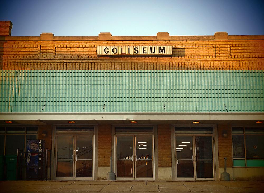 Americana.<br /> <br /> Montgomery County Fairgrounds Coliseum, Dayton, Ohio.