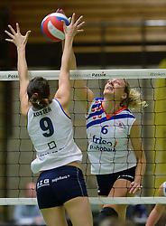 14-12-2013 VOLLEYBAL: SLIEDRECHT SPORT - VC SNEEK: SLIEDRECHT<br /> Sliedrecht Sport wint met 3-0 van Sneek / Hieke de Boer<br /> &copy;2013-FotoHoogendoorn.nl