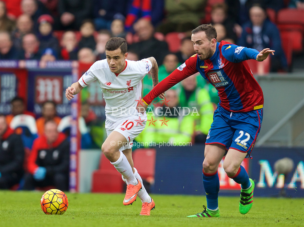LONDON, ENGLAND - Sunday, March 6, 2016: Liverpool's Philippe Coutinho Correia in action against Crystal Palace's Jordan Mutch during the Premier League match at Selhurst Park. (Pic by David Rawcliffe/Propaganda)