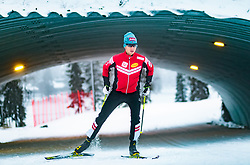 24.11.2017, Ruka, FIN, David Pommer im Portrait, im Bild der Österreichische Nordische Kombinierer David Pommer bei einem Fototermin auf der Langlaufloipe // the Austrian Nordic Combined Athlete David Pommer during a photo session on the Cross Country Track in Ruka, Finland on 2017/11/24. EXPA Pictures © 2017, PhotoCredit: EXPA/ JFK