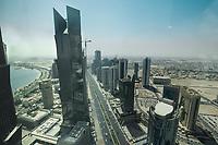 09 APR 2013, DOHA/QATAR<br /> Suedlicher Teil von Downtown Doha mit einem der zwei Tuermen der Palm Towers (links), aus dem Büro der Qatar Foundation im Tornado Tower<br /> IMAGE: 20130409-01-026<br /> KEYWORDS: Katar, Skyline, Skyscrapers, Wolkenkratzer, Hochhaus, Hochhaeuser, Hochhäuser