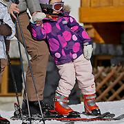 AUD/Lech/20110219 - Fotosessie Nederlandse Koninklijke Familie 2011 op wintersport in Lech, Ariane