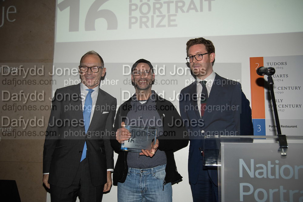 TIM EYLES; CLAUDIO RASANO; Dr Nicholas Cullinan, Private view of the Taylor Wessing Portrait prize, National Portrait Gallery, London.  15 November 2016