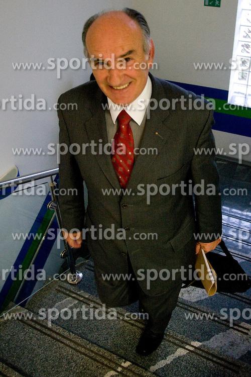 Ljubo Jasnic na prvem sestanku novega Izvrsilnega odbora Smucarske zveze Slovenije po volilni skupscini, April 12, 2010, SZS, Podutiska cesta, Ljubljana, Slovenia.  (Photo by Vid Ponikvar / Sportida)