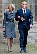 DELFT - Prinses Irene en haar zoon Carlos de Bourbon de Parme komen aan bij de Oude kerk voor de herdenkingsdienst voor de op 12 augustus overleden prins Friso. De dienst is besloten. COPYRIGHT ROBIN UTRECHT