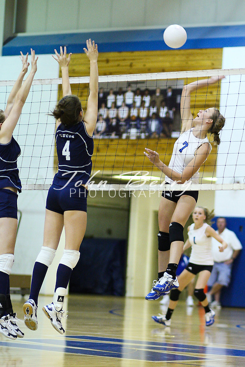 MCHS Varsity Volleyball .vs Fluvanna .9/8/09