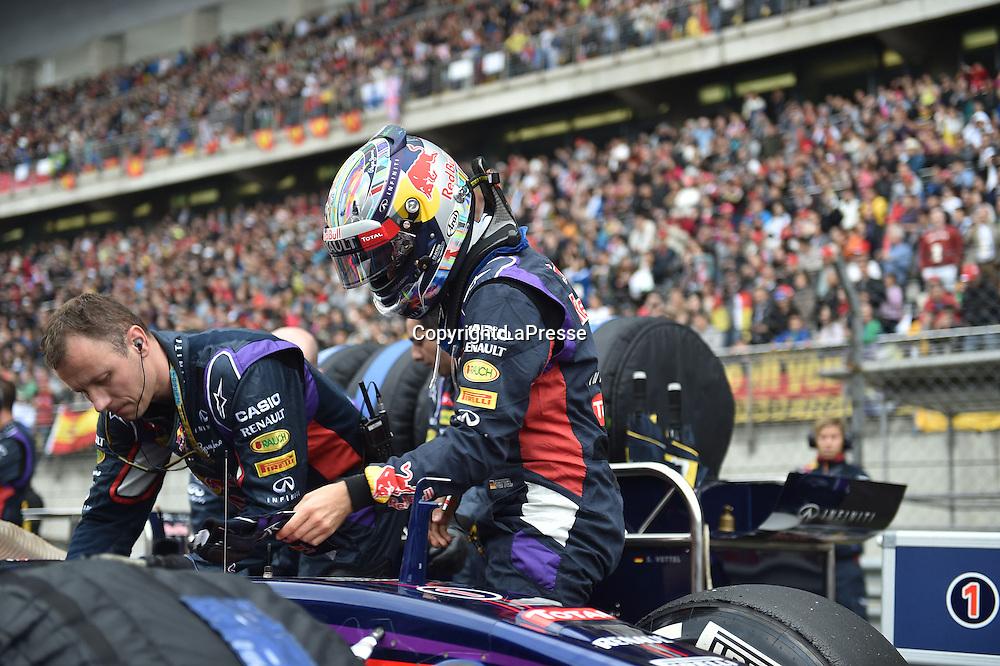 &copy; Photo4 / LaPresse<br /> 20/4/2014 Shanghai, China<br /> Sport <br /> Grand Prix Formula One China 2014<br /> In the pic: Sebastian Vettel (GER) Infiniti Red Bull Racing RB10