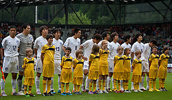 03.06.2010, Tivoli, Innsbruck, AUT, FIFA Worldcup Vorbereitung, Testspiel Spanien (ESP) vs Sued Korea (KOR), im Bild koreanische Startaufstellung, v.l. Lee Young-pyo ( KOR #12 ), Lee Woon-jae ( KOR #1 ), Cho Young Hyung ( KOR #4 ), Kim Hyung-il ( KOR #3 ), Kim Jung-woo ( KOR #8 ), Oh Beom-seok ( KOR #2 ), Yeom Ki-hun ( KOR #19 ), Park Chu-young ( KOR #10 ), ???, Ki Sung-yueng ( KOR #16 ), Lee Jung-soo ( KOR #14 ), EXPA Pictures © 2010, PhotoCredit: EXPA/ J. Groder / SPORTIDA PHOTO AGENCY