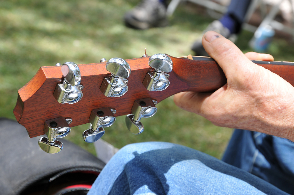 Gospel Singalong Workshop at the 2013 Tucson Folk Festival. Event photography by Martha Retallick.
