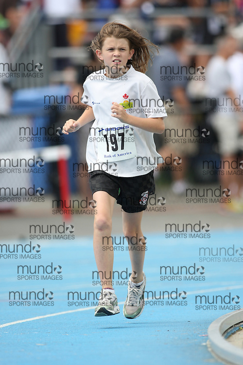 (Ottawa, Ontario---20/06/09)   Sophie LeBlanc competing in the 1500m at the 2009 Bank of America All-Champions Elementary School Track and Field Championship. www.mundosportimages.com / www.msievents.
