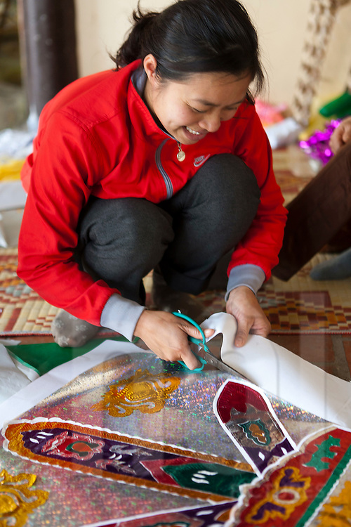 Paper horses. Handicraft. Pagoda.