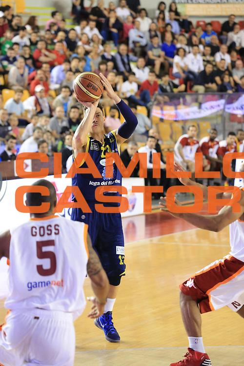 DESCRIZIONE : Roma Lega A 2012-2013 Acea Roma Sutor Montegranaro<br /> GIOCATORE : Di Bella Fabio<br /> CATEGORIA : tiro<br /> SQUADRA : Sutor Montegranaro<br /> EVENTO : Campionato Lega A 2012-2013 <br /> GARA : Acea Roma Sutor Montegranaro<br /> DATA : 05/05/2013<br /> SPORT : Pallacanestro <br /> AUTORE : Agenzia Ciamillo-Castoria/M.Simoni<br /> Galleria : Lega Basket A 2012-2013  <br /> Fotonotizia : Roma Lega A 2012-2013 Acea Roma Sutor Montegranaro<br /> Predefinita :