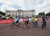 Riders pass Buckingham Palace as part of the  Prudential RideLondon FreeCycle 29/07/2017<br />