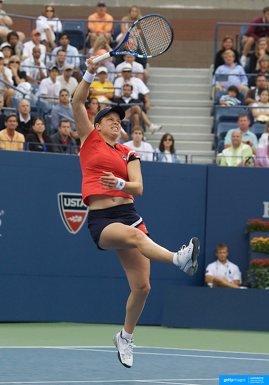 Kim Clijsters, Belgium, in action against Venus Williams, USA, during the US Open Tennis Tournament at Flushing Meadows, New York, USA, on Sunday  September 6, 2009. Photo Tim Clayton.