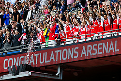 Per Mertesacker lifts the Cup after Arsenal win the match 2-0 to become FA Cup Winners - Rogan Thomson/JMP - 27/05/2017 - FOOTBALL - Wembley Stadium - London, England - Arsenal v Chelsea - FA Cup Final.