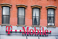NEW YORK CITY - t mobile winkel copyrght robin utrecht
