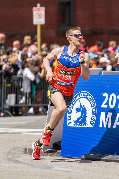 2014 Boston Marathon: turn onto Boylston Street with quarter mile to go, Eric Wallor