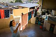 Belo Horizonte _ MG, 29 de Julho de 2008..Maria Lucia Bessa Reis, moradora do bairro Goiania, fotografada para reportagem sobre consumo de energia para a Revista National Geographic Brasil....Foto: JOAO MARCOS ROSA / AGENCIA NITRO