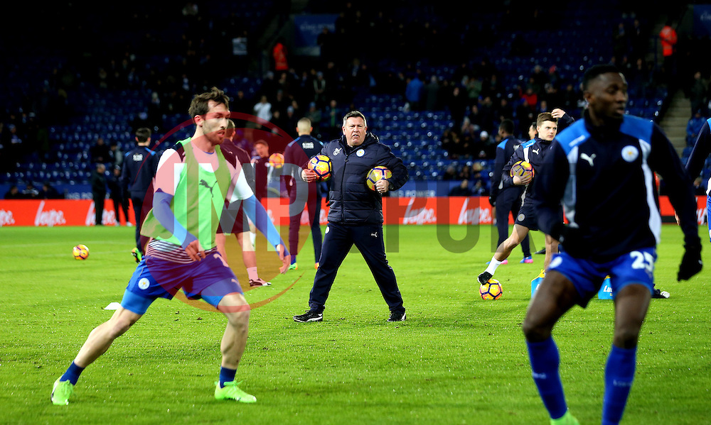 Leicester City Interim First Team Manager Craig Shakespeare oversees the warm up - Mandatory by-line: Robbie Stephenson/JMP - 27/02/2017 - FOOTBALL - King Power Stadium - Leicester, England - Leicester City v Liverpool - Premier League