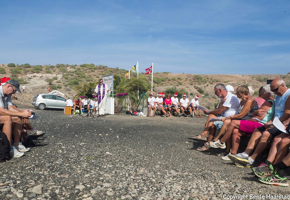 For 10. gang ble 3. søndag I advent feiret med friluftsgudstjeneste på Norskeplassen på Gran Canaria I dag. Sjømannskirkens nye prest snakket blant annet om slitesterke tradisjoner som må tas vare på hvis de ikke skal forsvinne.