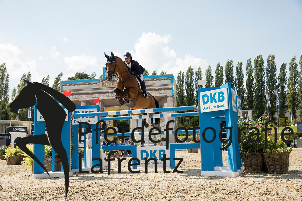 Bahamdan, Kamal Abdullah (KSA), Lacasino<br /> Berlin - Global Jumping Berlin 2017<br /> © www.sportfotos-lafrentz.de/Stefan Lafrentz