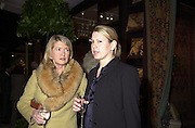 Martha Stewart and her daughter Alexis. 47th annual Winter Antiques show Gala opening party. In aid of the East Side House Settlement. © Copyright Photograph by Dafydd Jones 66 Stockwell Park Rd. London SW9 0DA Tel 020 7733 0108 www.dafjones.com