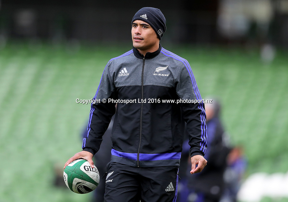 New Zealand Captain's Run, Aviva Stadium, Dublin 18/11/2016<br /> Aaron Smith<br /> Copyright photo: Dan Sheridan / www.photosport.nz