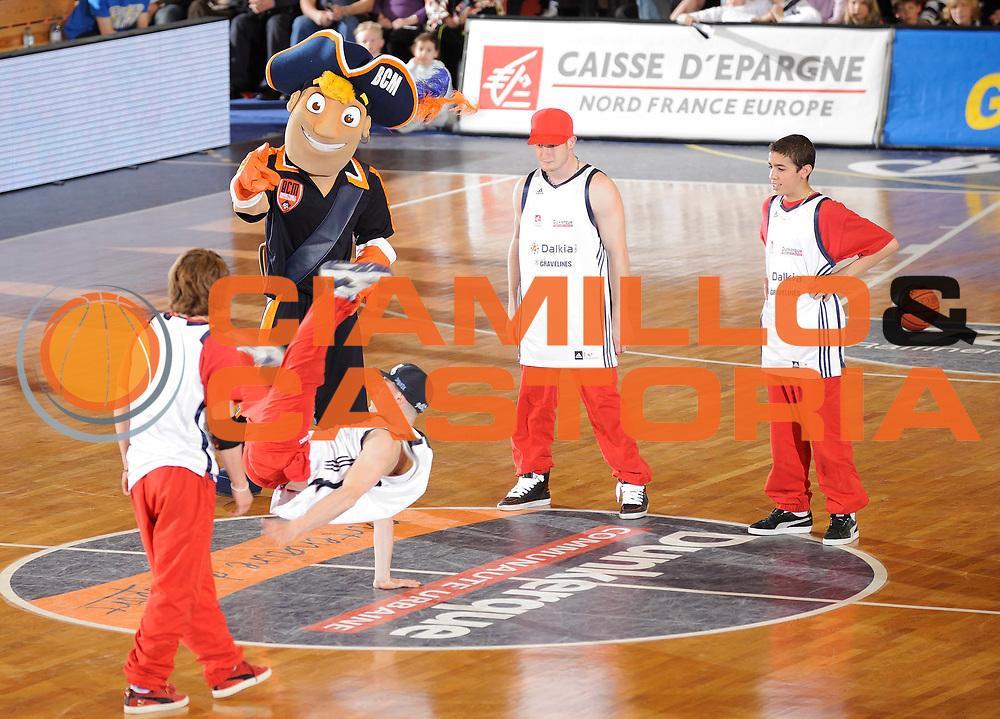 DESCRIZIONE : Ligue France Pro A Gravelines Paris<br /> GIOCATORE : Mascotte<br /> SQUADRA : Gravelines<br /> EVENTO : FRANCE Ligue  Pro A 2009-2010<br /> GARA : Gravelines Paris<br /> DATA : 11/05/2010<br /> CATEGORIA : Basketball Pro A Ambiance Gravelines<br /> SPORT : Basketball<br /> AUTORE : JF Molliere par Agenzia Ciamillo-Castoria <br /> Galleria : France Ligue Pro A 2009-2010 <br /> Fotonotizia : Ligue France 2009-10 Gravelines Paris<br /> Predefinita :