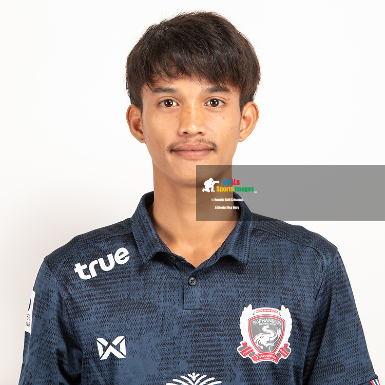 THAILAND - JUNE 07: Kittiphot Daengarun #21 of Suphan Buri FC on June 07, 2019.<br /> .<br /> .<br /> .<br /> (Photo by: Naratip Golf Srisupab/SEALs Sports Images/MB Media Solutions)