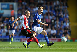 Dylan McGeouch of Sunderland passes the ball under pressure from Flynn Downes of Ipswich Town - Mandatory by-line: Arron Gent/JMP - 10/08/2019 - FOOTBALL - Portman Road - Ipswich, England - Ipswich Town v Sunderland - Sky Bet League One