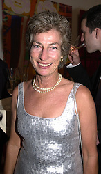 Tennis player MISS VIRGINIA WADE, at a dinner in <br /> London on 19th June 2000.OFL 58<br /> © Desmond O'Neill Features:- 020 8971 9600<br />    10 Victoria Mews, London.  SW18 3PY <br /> www.donfeatures.com   photos@donfeatures.com<br /> MINIMUM REPRODUCTION FEE AS AGREED.<br /> PHOTOGRAPH BY DOMINIC O'NEILL