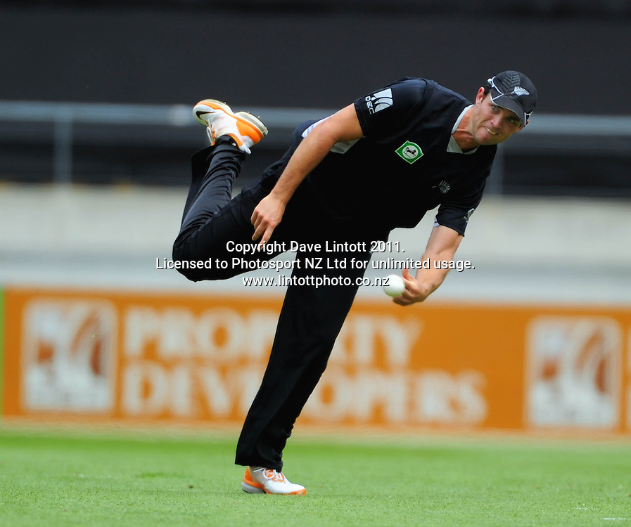 NZ's James Franklin. First one-day international cricket match - New Zealand v Pakistan at Westpac Stadium, Wellington, New Zealand on Saturday, 22 January 2011. Photo: Dave Lintott / photosport.co.nz