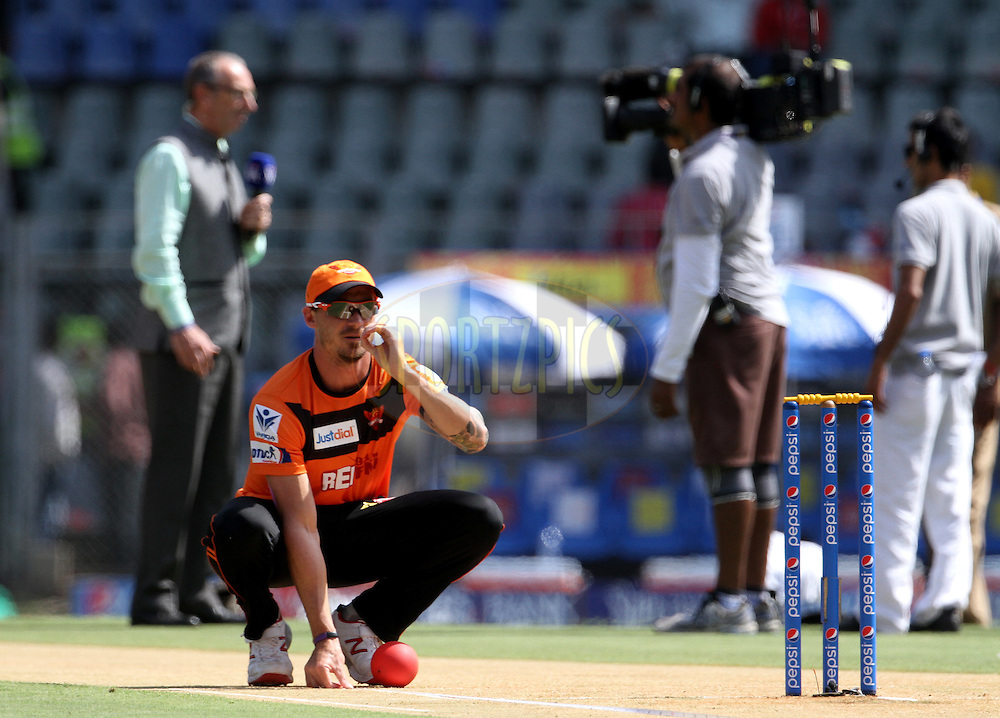 Sunrisers Hyderabad player Dale Steyn before the start of the match 23 of the Pepsi IPL 2015 (Indian Premier League) between The Mumbai Indians and The Sunrisers Hyderabad held at the Wankhede Stadium in Mumbai India on the 25th April 2015.<br /> <br /> Photo by:  Vipin Pawar / SPORTZPICS / IPL