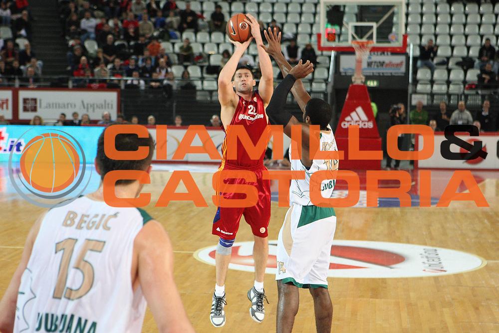 DESCRIZIONE : Roma Eurolega 2008-09 Lottomatica Virtus Roma Union Olimpija Lubiana<br /> GIOCATORE : Roberto Gabini<br /> SQUADRA : Lottomatica Virtus Roma<br /> EVENTO : Eurolega 2008-2009<br /> GARA : Lottomatica Virtus Roma Union Olimpija Lubiana<br /> DATA : 18/12/2008 <br /> CATEGORIA : tiro <br /> SPORT : Pallacanestro <br /> AUTORE : Agenzia Ciamillo-Castoria/G.Ciamillo